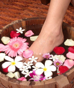 12 Steps to do a Home Pedicure