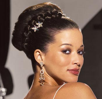 17 Beautiful bridal Updo hair style