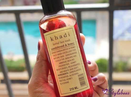 Khadi Sandal and Honey Herbal Face Wash Review