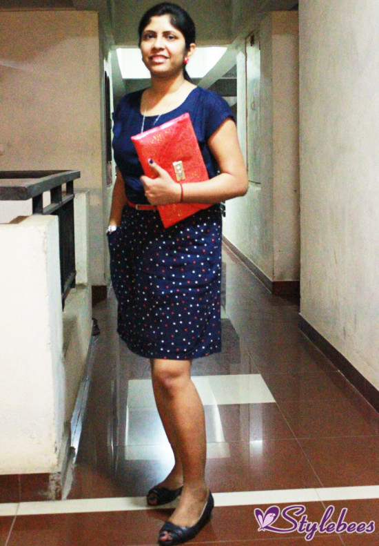 Outfit Of The Day: Blue Dress With Red Accessories
