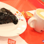 cafe-coffee-day-hot-coffee-and-cake-550x356