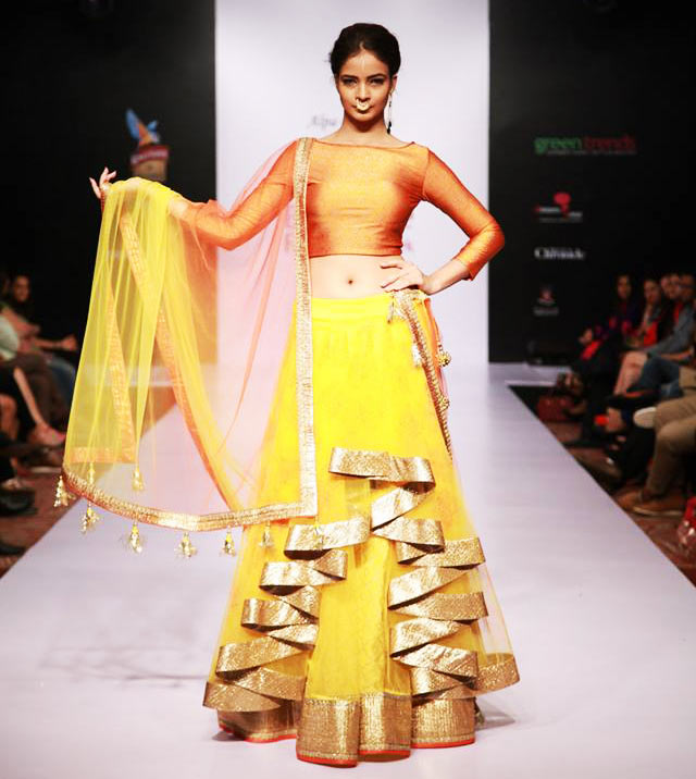 7 Stunnigly Stylish Lehenga's From Bangalore Fashion Week