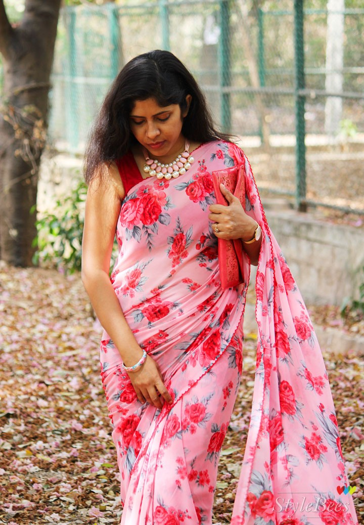 How to style a printed saree with accessories