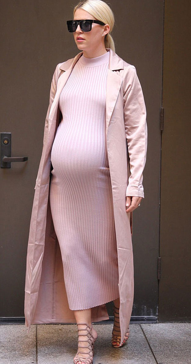21 Comfortable Pregnancy Styles for Different occassions ...