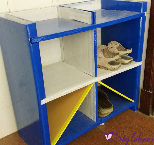 shoes-rack-created-with-cardboard